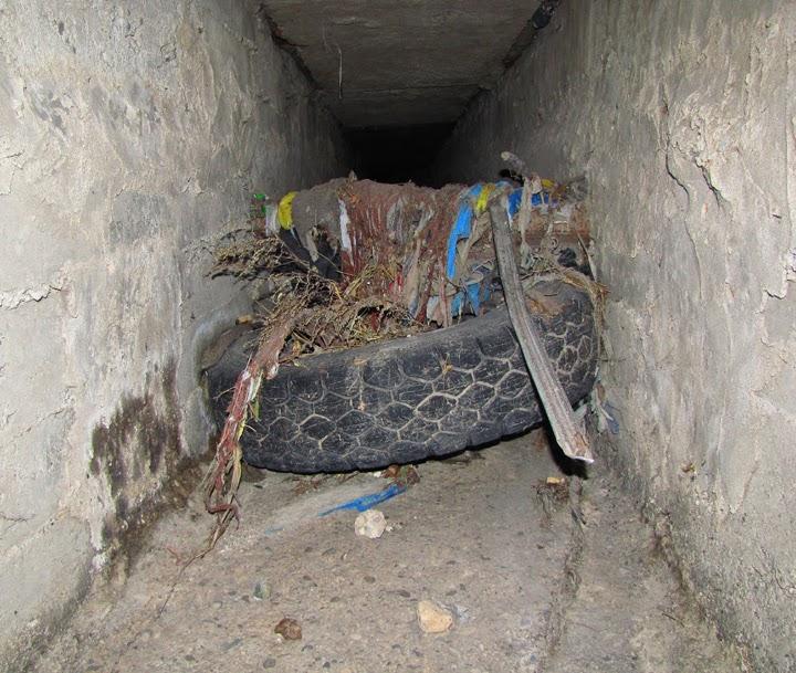 Колесо в подземном тоннеле Симферополя