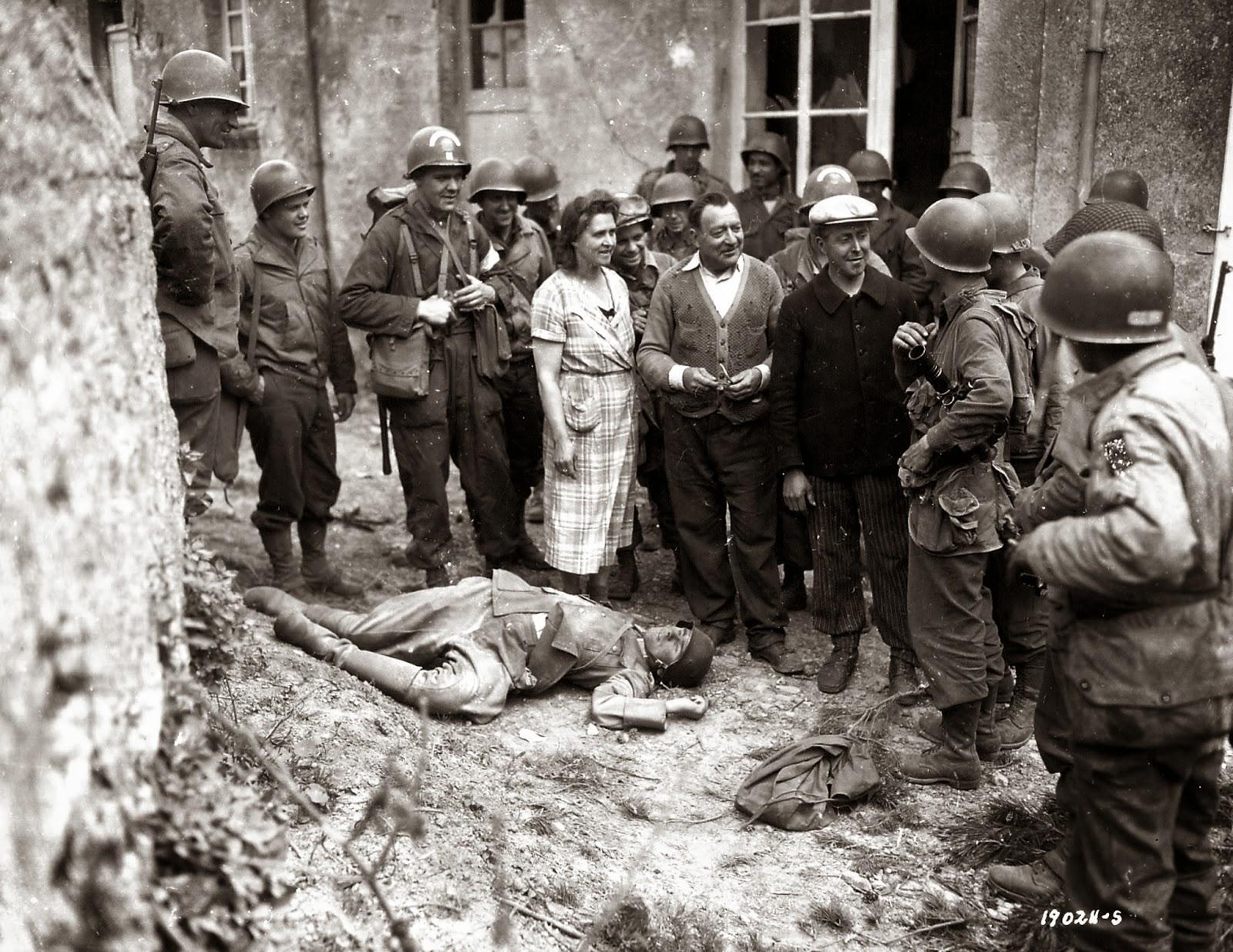 NAZI JERMAN: Foto Terkenal Perang Dunia II
