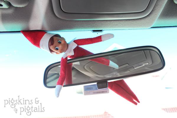http://www.pigskinsandpigtails.com/2012/11/25-elf-on-the-shelf-ideas/