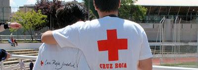 Voluntarios de Cruz Roja. Fuente www.cruzroja.es