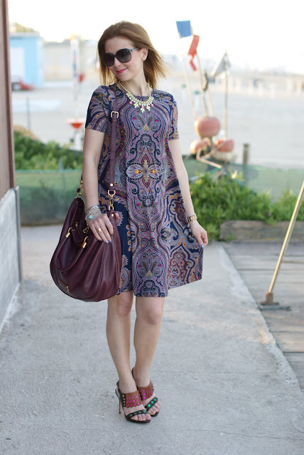 paisley print, asos dress, marc by marc jacobs too hot to handle, fashion and cookies