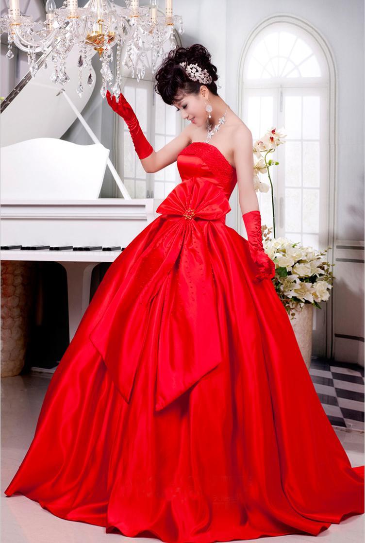 Свадебное платье атласное красное платье