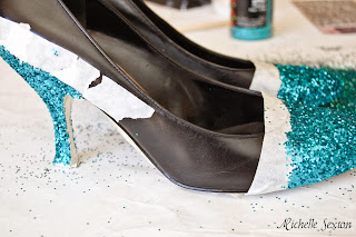 add glitter to heels and toes