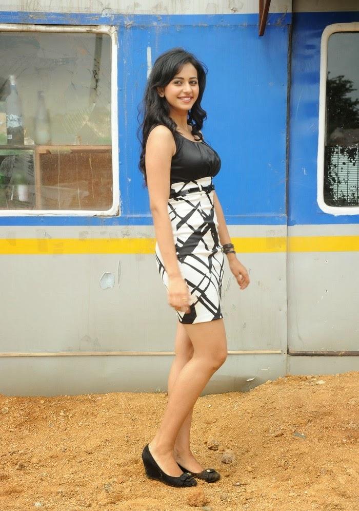 Rakul Preet Singh Hot Pics In Her Black-White mini Skirt Unseen Rare HD Pics