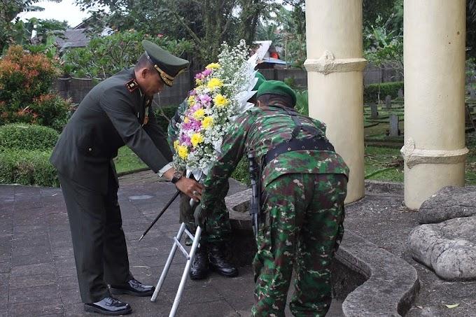 HUT Depok, Dandim 0508/Depok Pimpin Ziarah ke Makam Pahlawan