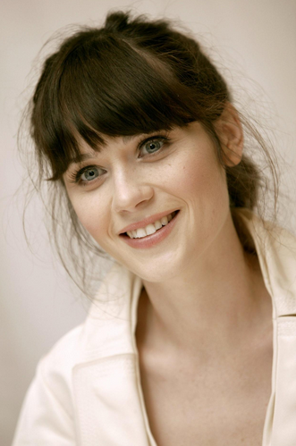 Zooey Deschanel Young Zooey deschanel is an awesome