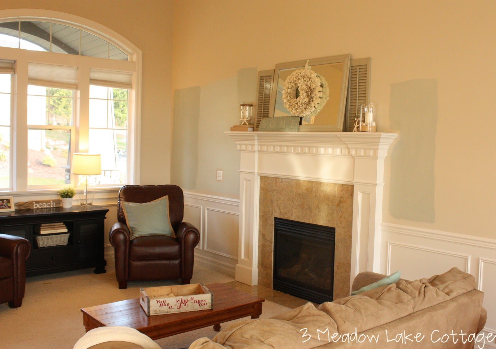 Amiable Orange Painted Living Rooms