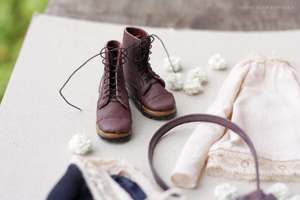Миниатюрная обувь для куклы