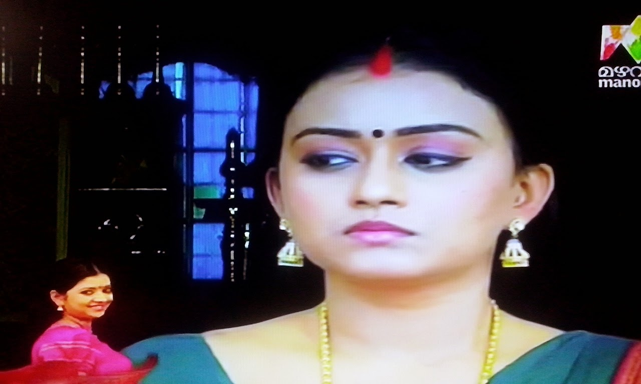 in saree mazhavil manorama serial actress amala serial actress photos