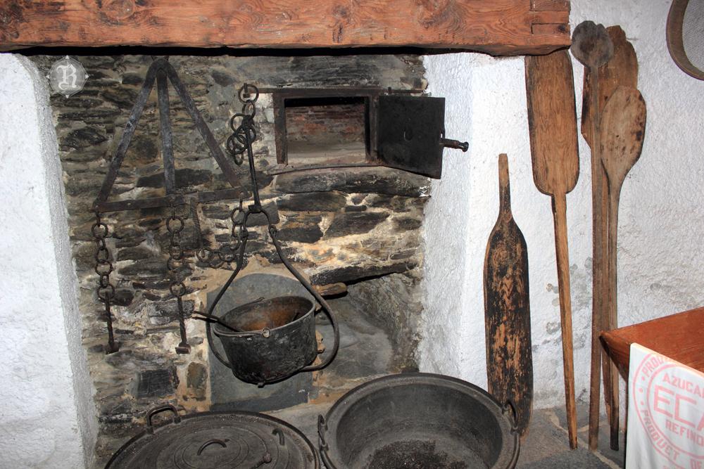 La serpiente del ed n el horno de la abuela Horno de la abuela