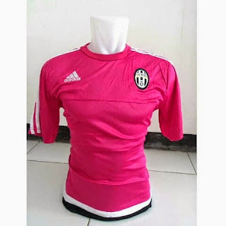 gambar photo Jersey Juventus training terbaru warna pink musim 2015/2016
