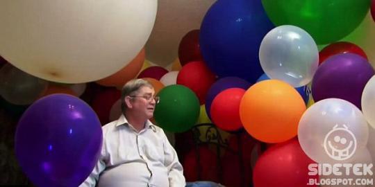 Aneh Pria Ini Terangsang Setiap Melihat Balon
