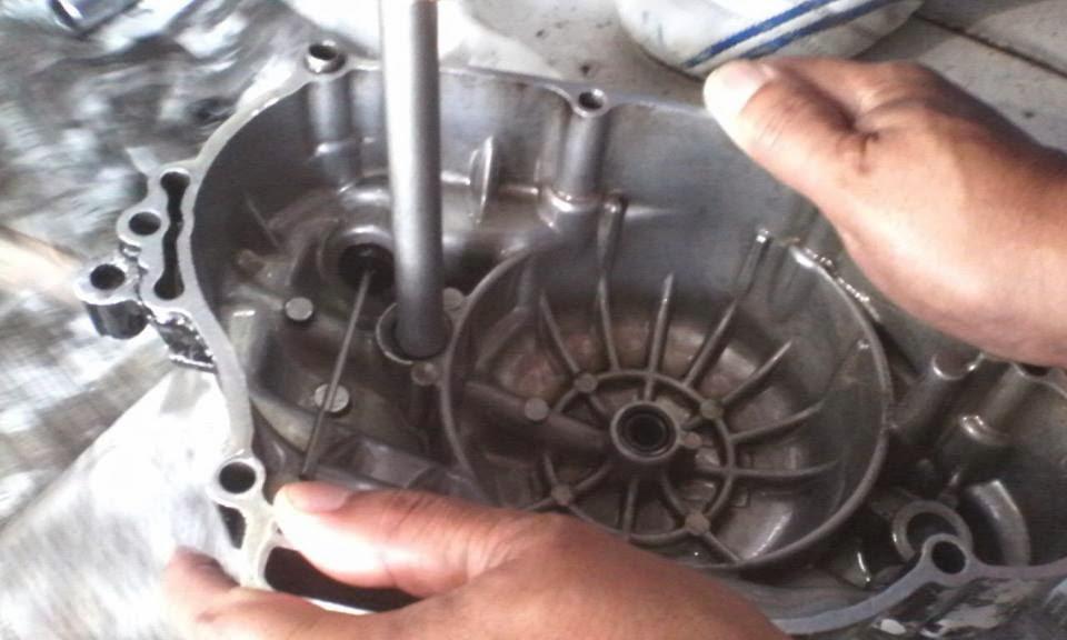 pemasangan sil as primer