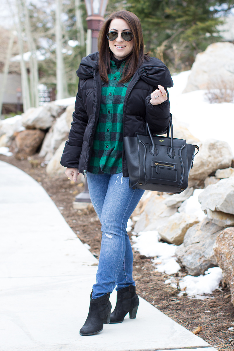 park city outfit ideas, holiday style, puffer coat, buffalo check plaid shirt, celine bag