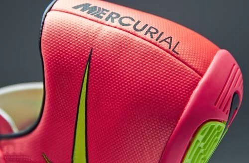 Nike Mercurial Victory V futsal shoes