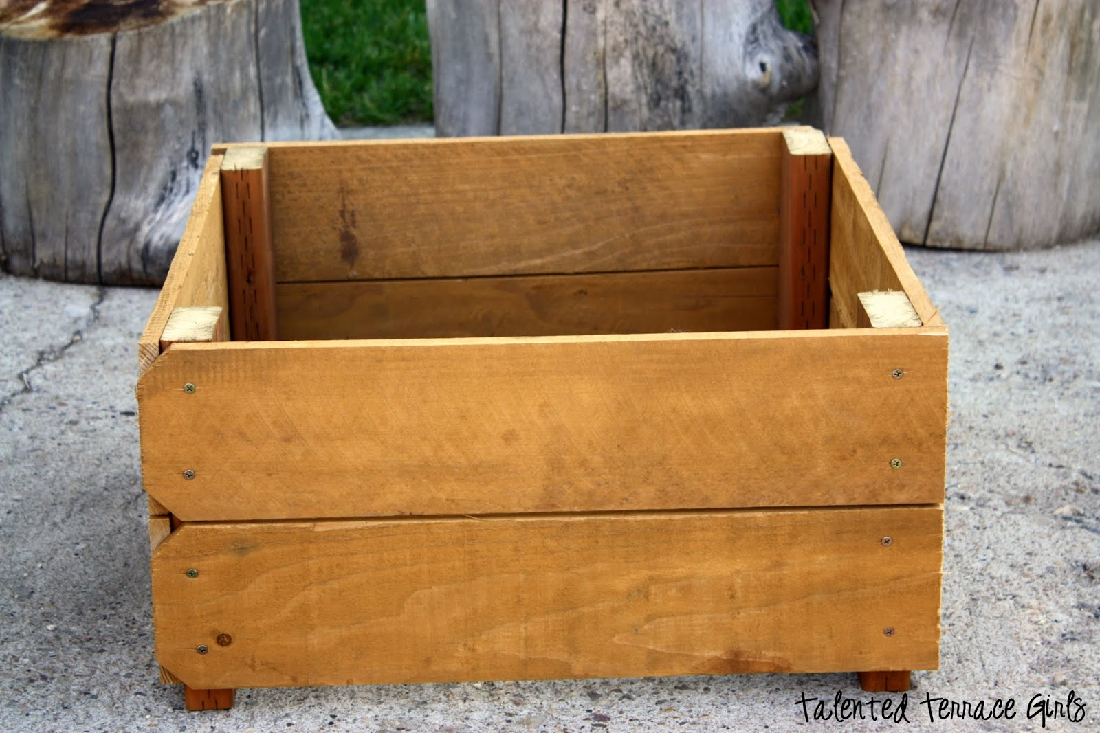 talented terrace girls diy thursday planter boxes. Black Bedroom Furniture Sets. Home Design Ideas