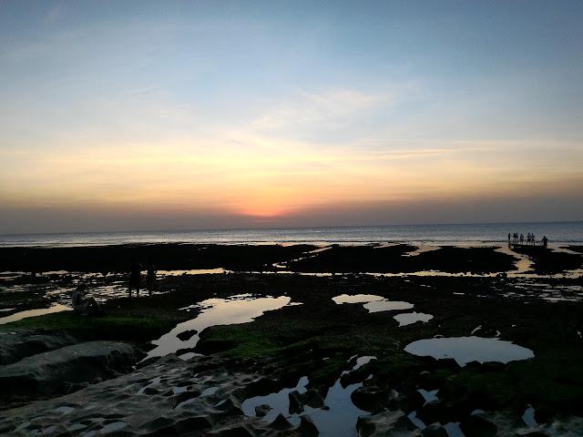 Sunset di Pantai Balangan