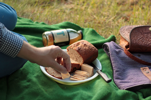 banana bread cheese tea summer picnic