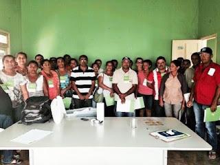 Grupos interessados em constituir cooperativa recebem capacitação