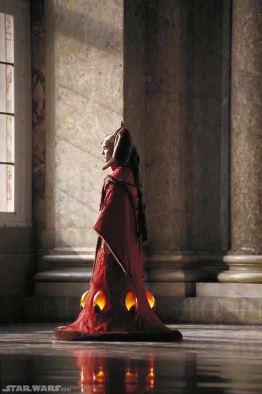 natalie portman keira knightley amidala. Natalie Portman Queen Amidala