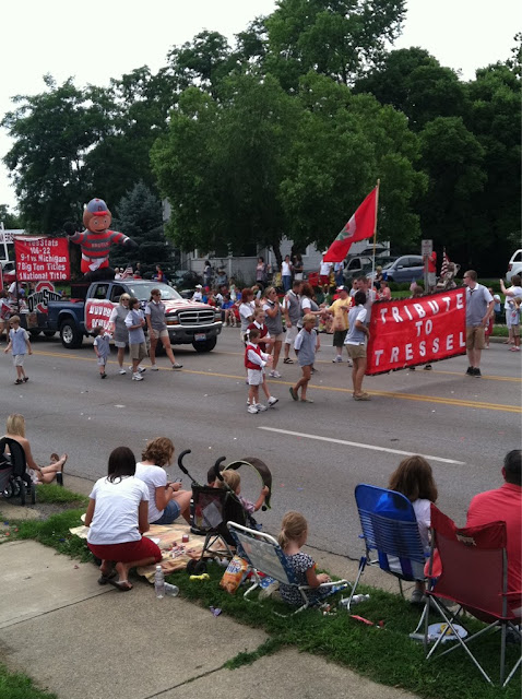 Columbus, OH Independence Day parade features a March of the Tressels.