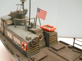 maqueta de un barco de la guerra de Vietnam