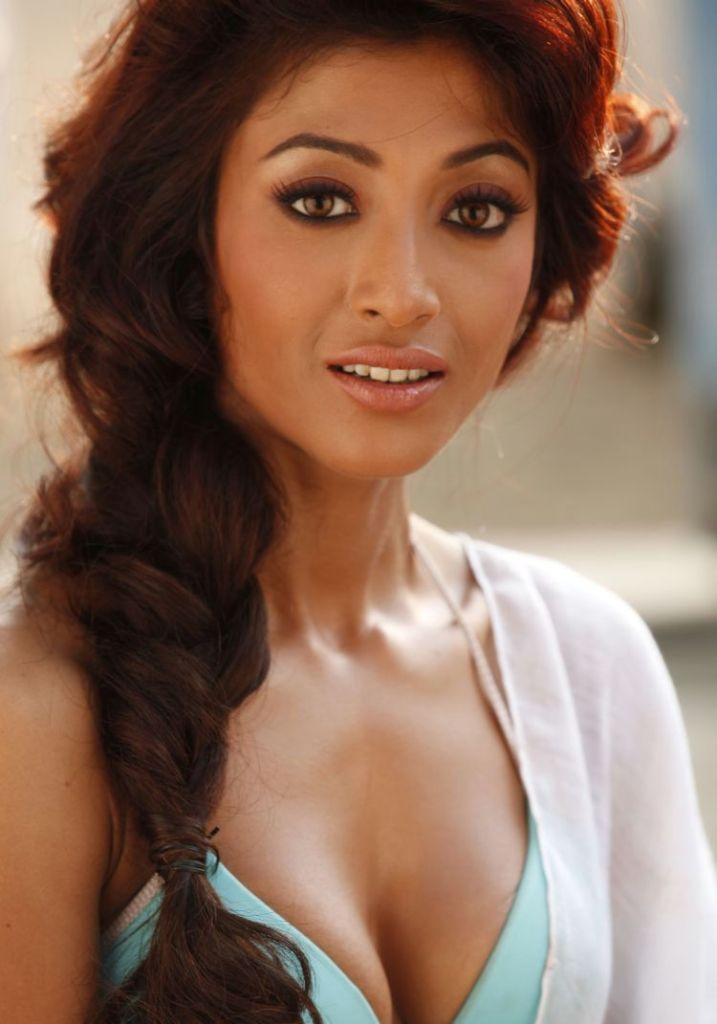 BIRTH:: 1980 OCTOBER 04th. PLACE:: KOLKATHA (WB) INDIA OCCUPATIN:: FILM ACTRESS PAOLI DAM BOLLYWOOD ACTRESS PAULI DAM INDIAN FILM ACTRESS - 03%2BPaoli%2BDam