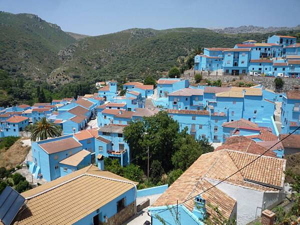 One Color Towns Around The World