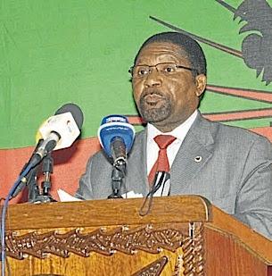 Angola: MILITANTES DA UNITA EXIGEM DEMISSÃO DE SAMAKUVA