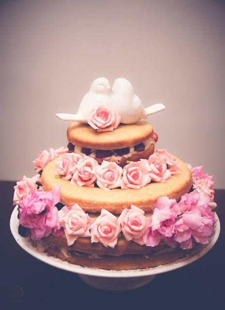 Casamento real - Mariana e Leonardo, casamento econômico, naked cake, casamento diy, mesa do bolo, casamento, rústico