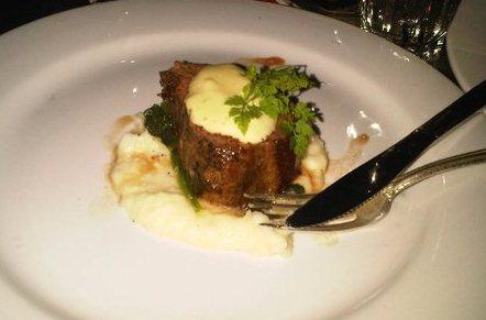Beef Tenderloin with Hollandaise Sauce and Cauliflower Puree Recipe