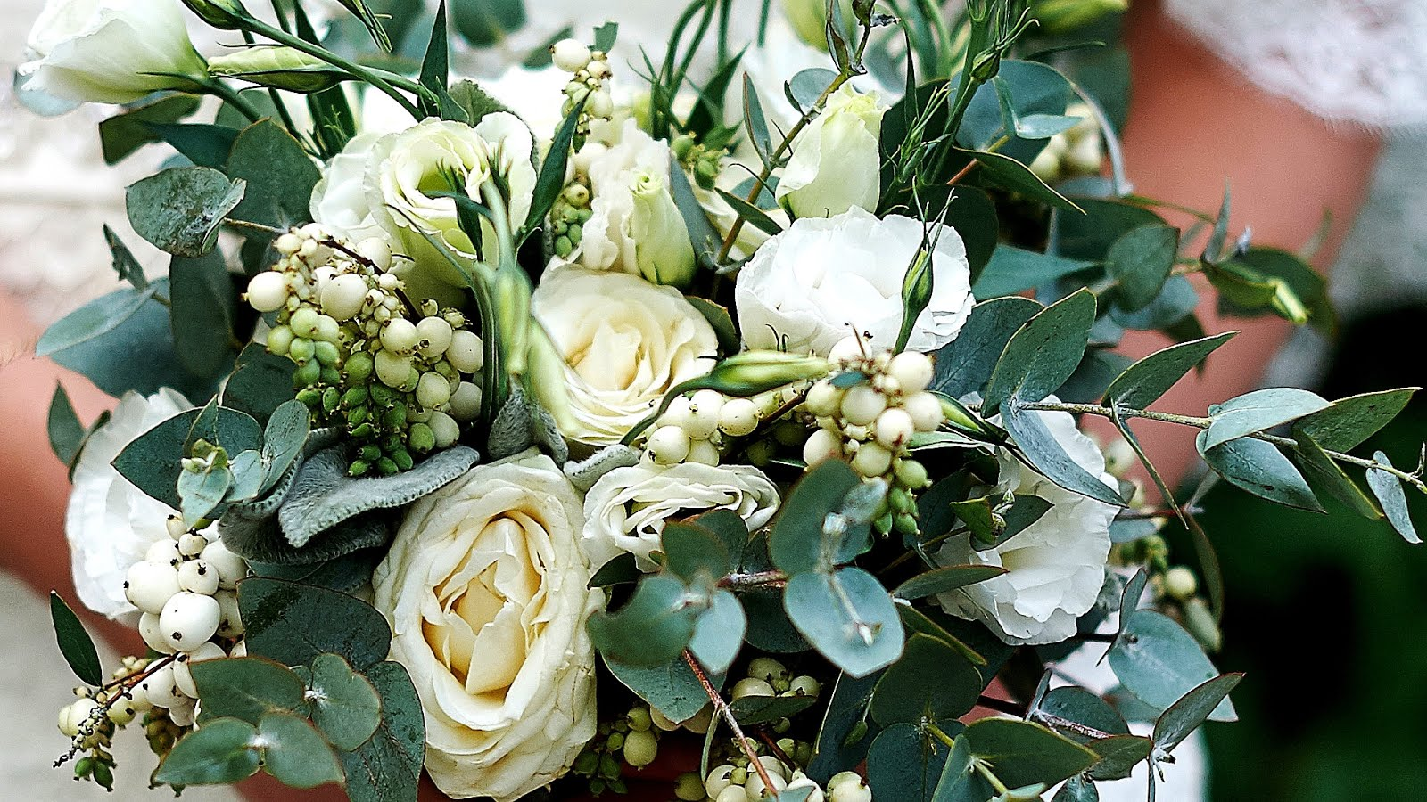 Do you send flowers to a jewish funeral izmirmasajfo Images