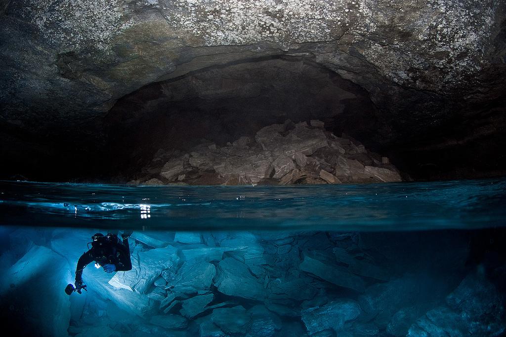 Orda Cave underwater photo by Viktor Lyagushkin