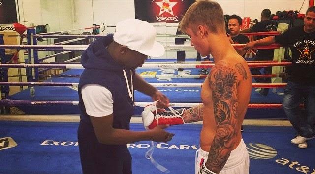 Justin Bieber el boxeador