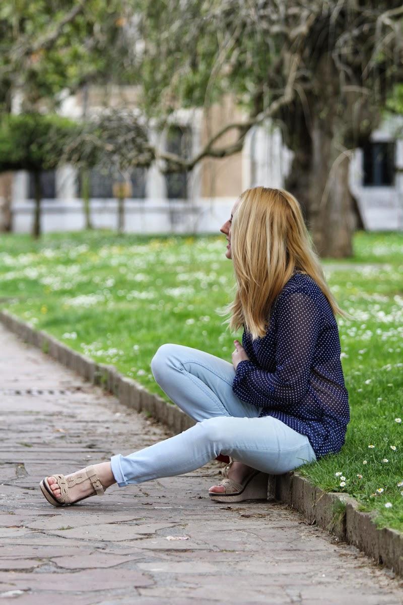camisa_lunares_transparente-jeans_zara-blog_bilbao