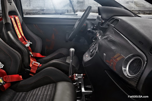 Abarth 695 biposto dashboard