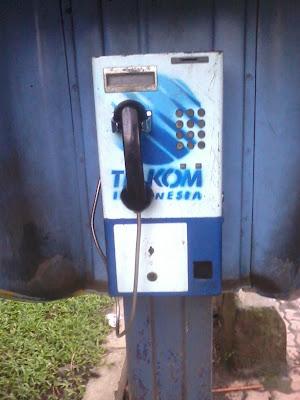 jalan-veteran-malang-telepon-umum