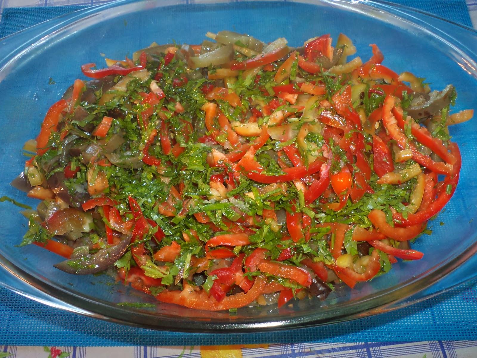 Салат грибы с болгарским перцем на зиму