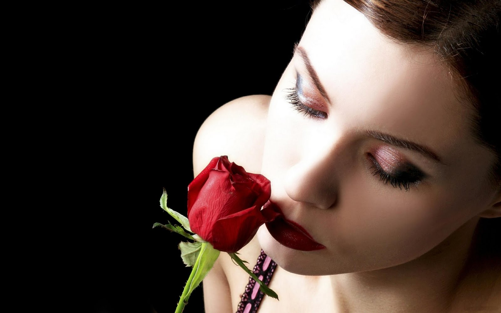 Romantic Love Girl Wallpaper : Beautiful Girl Red Lips And Rose Romantic HD Love Wallpaper Love Wallpapers Romantic ...