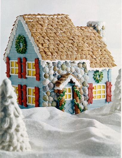 Sweet tea and sunshine thursday 13 gingerbread houses for Gingerbread house inspiration