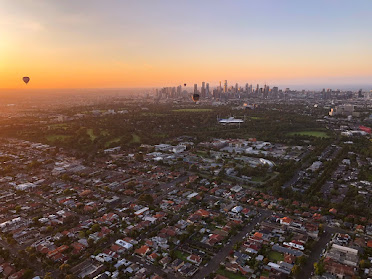 Hot Air Ballooning over Melbourne.
