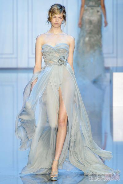 Cheap Wedding Dresses UK: Elegant But Romantic Wedding Dress 2011