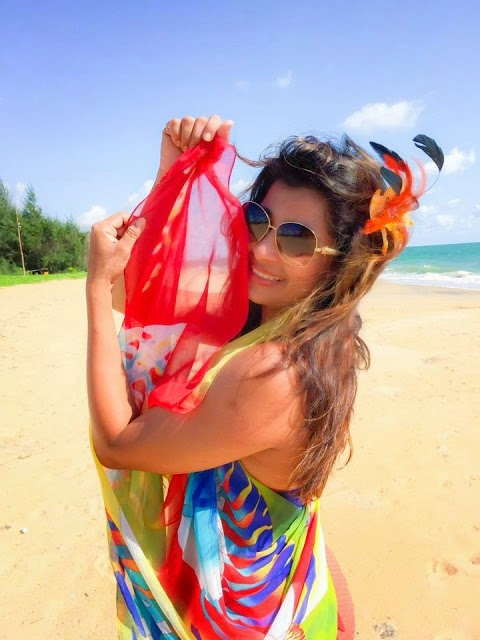 Sri Lankan Actress bikini photos