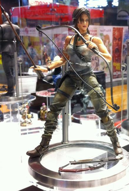 Tomb Raider Play+Arts+Kai+Lara+Croft+Tomb+Raider