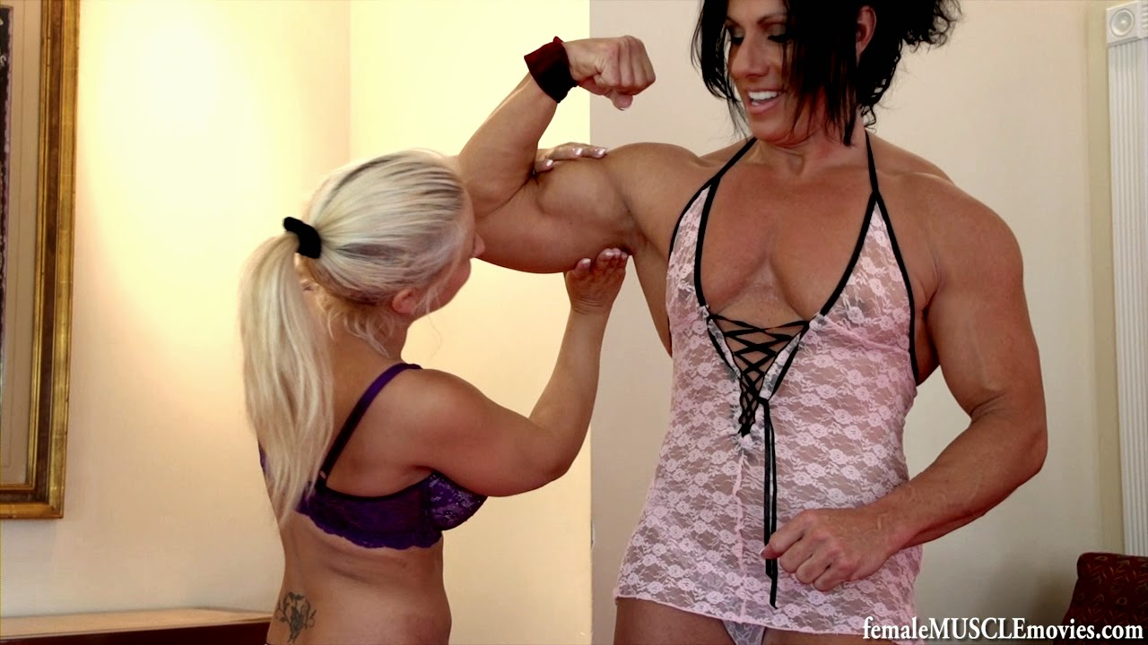 2 young lesbians compare their masturbation 10