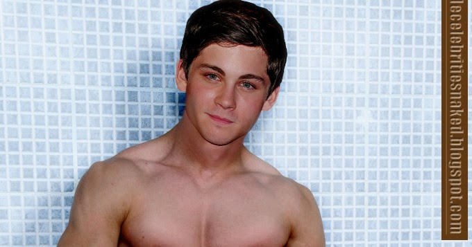 logan lerman Naked - Male Stars Naked - Photos, Pictures!