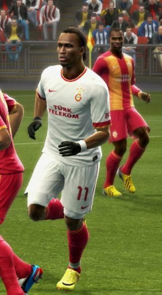 PES 2013 Galatasaray Home & Away Kits 14-15 by Yazid Louasli