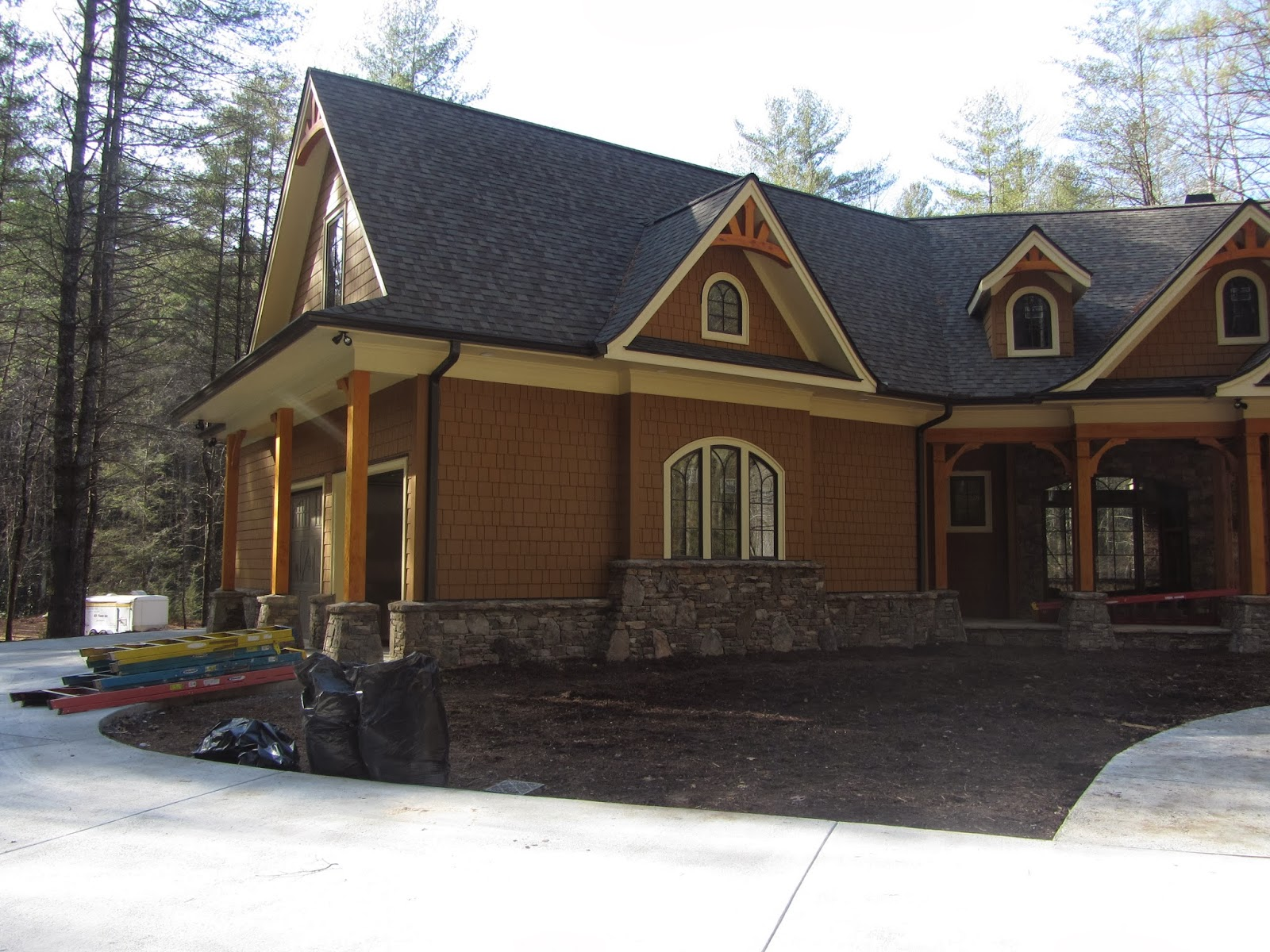 Garrell Associates Nantahala Cottage Gable