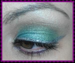 Maquillaje de Navidad: verdes y plata