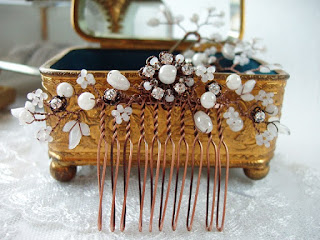 Assemblage jewelry romantic feminine jewelry bijoux mariage haarbrosche